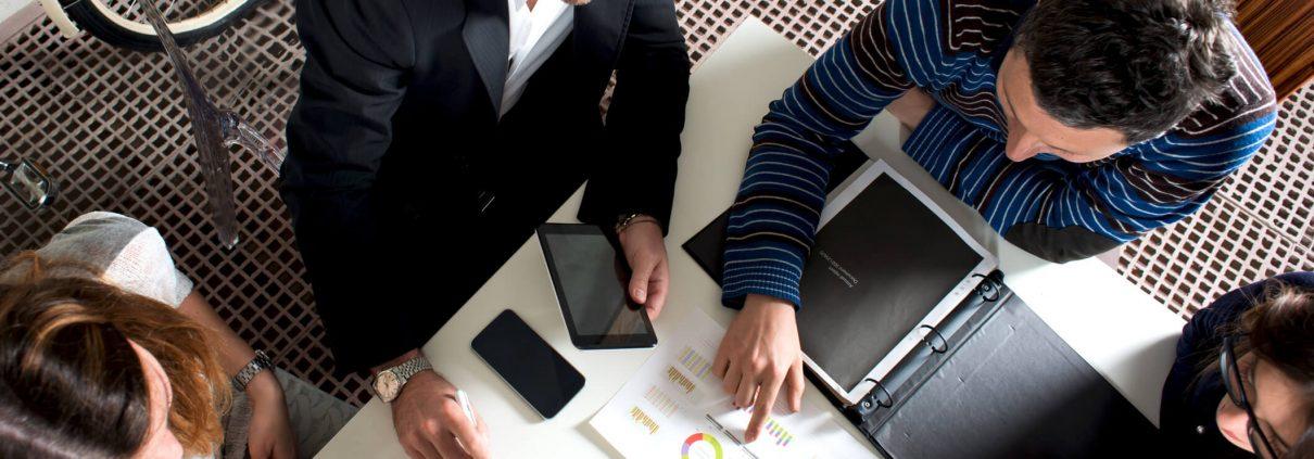 Casos controvertidos en la aplicación de la exención del artículo 7.P por trabajos desarrollados en el extranjero